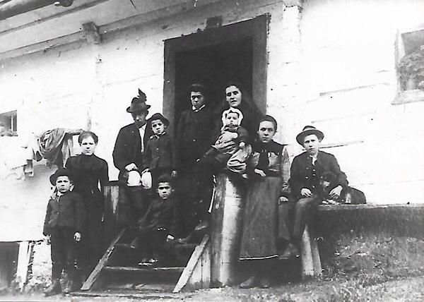 Altes schwarz weis Foto vor ca 100 Jahren